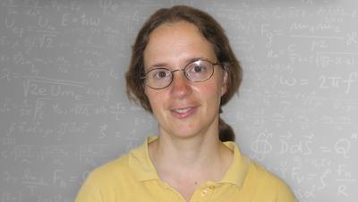 Headshot of Rena Zieve